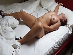 Male threesome cumming video
